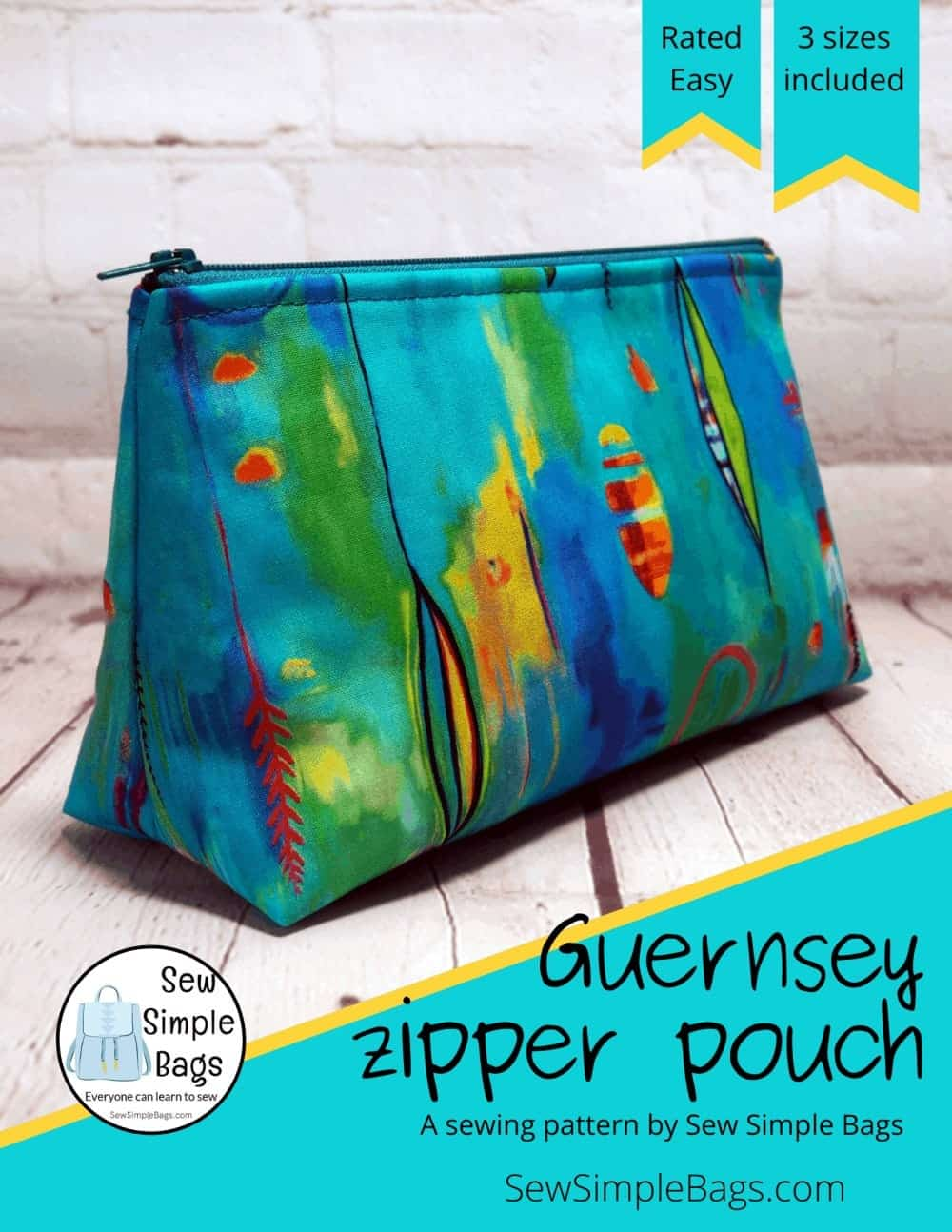 Easy sewing pattern for a cosmetics bag. Zipper pouch sewing pattern with easy to follow step by step instructions for beginners.